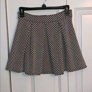 NWOT Black & white Gingham pattern pleated skirt!